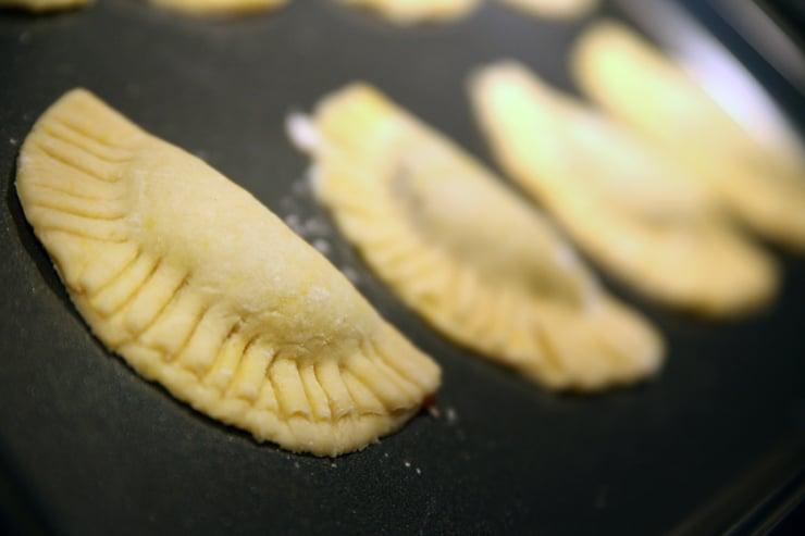 pumpkin-empanada-camote