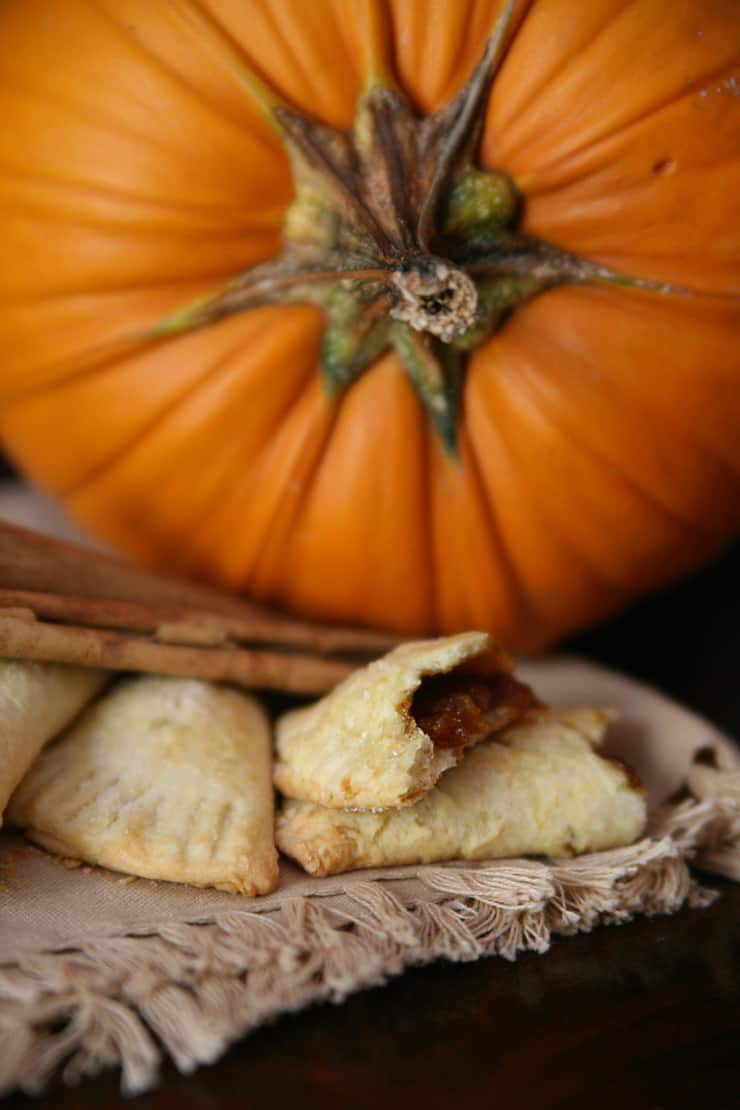 pumpkin-empanada-pie-camote