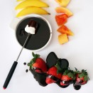 chocolate-fondue-mexican-strawberry-papaya-mango-fruit-3