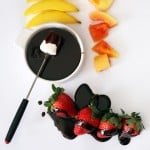chocolate-fondue-mexican-strawberry-papaya-mango-fruit-3