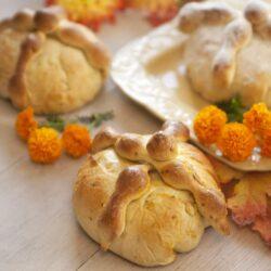 pan-de-muerto-bread-of-the-dead-1