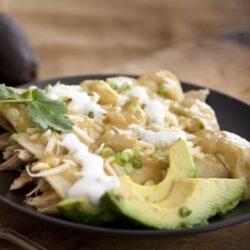green-chicken-enchiladas-verdes-pavo-1