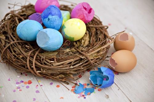 cascarones confetti eggs in a birds nest