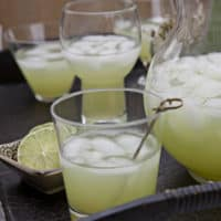 Agua Fresca de Pepino (Cucumber Lime Cooler)
