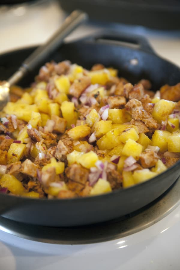 Tacos al Pastor with Roasted Pineapple Salsa (Grilled Pork Tacos ...