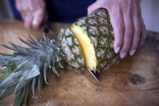 cutting a pineapple - How to Select and Cut a Pineapple