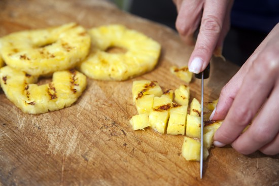 grilled pineapple - How to Select and Cut a Pineapple