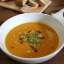 Pumpkin-soup-bread-1