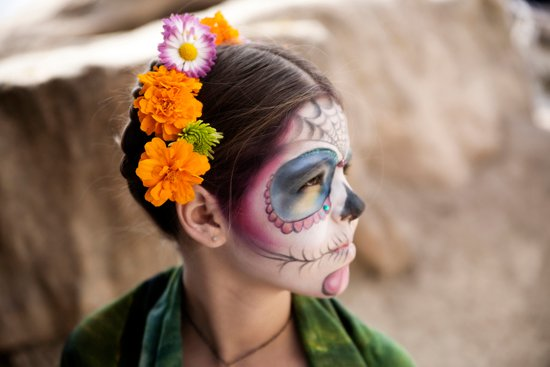 young girl dia de Los Muertos Catrina sugar skull makeup