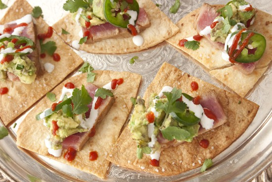 seared-tuna-baked-chips-appetizer-2