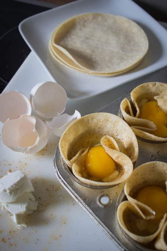 eggs-corn_tortilla_cups