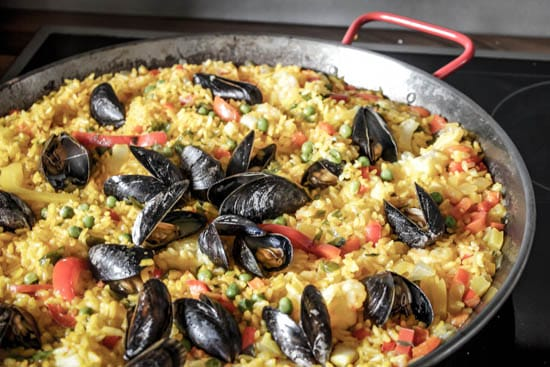 seafood_paella-red_peppers-rice