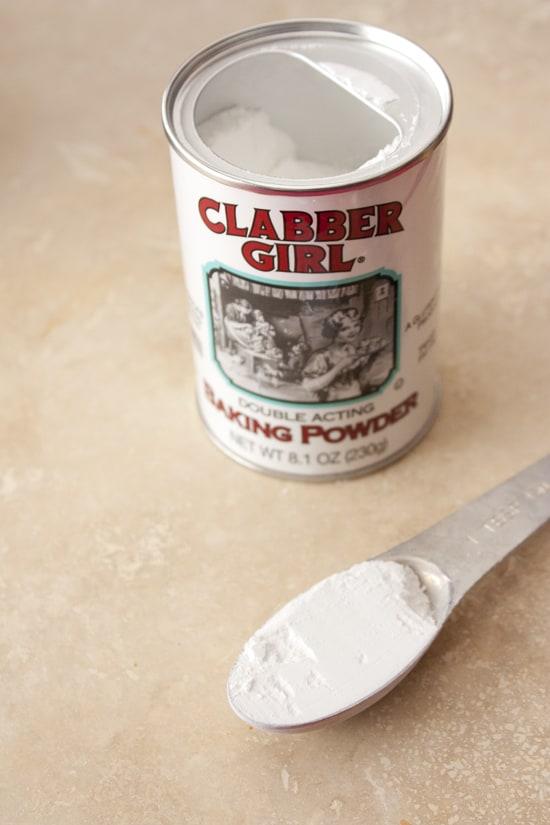 clabber_girl_baking_powder