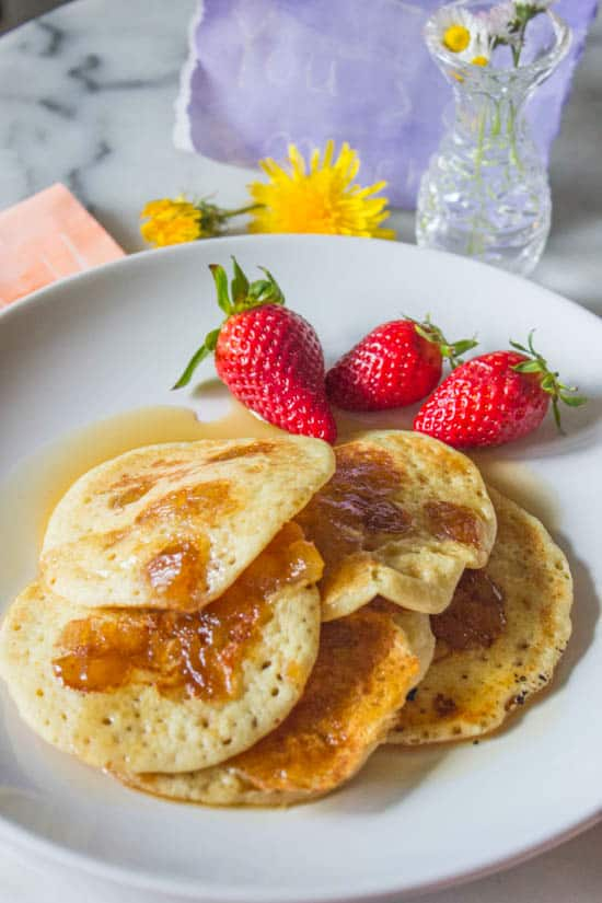 Pineapple_coconut_pancakes
