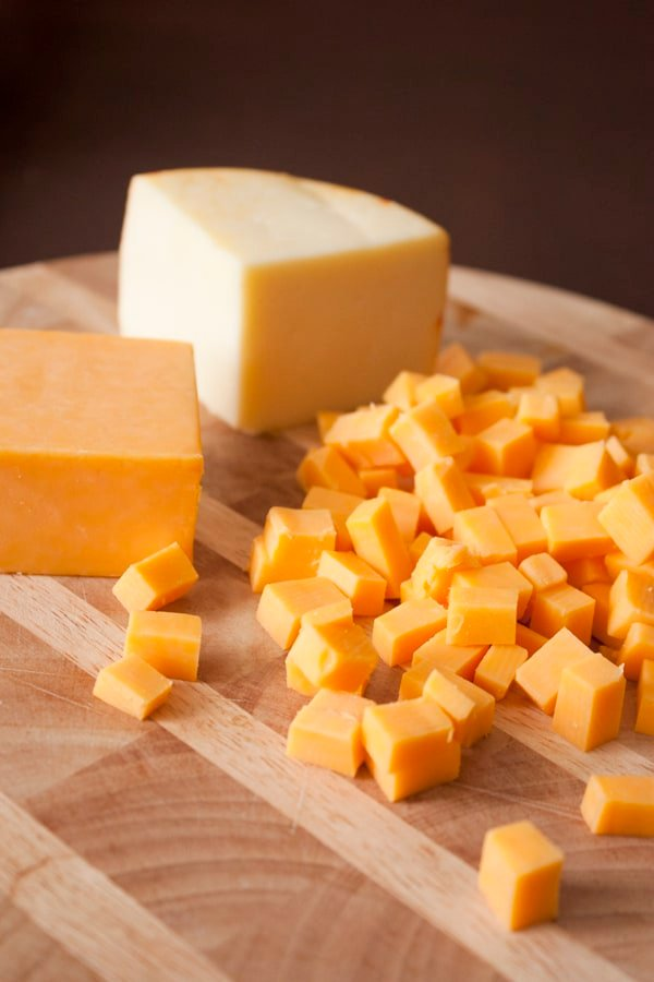 Muenster_cheese-colby_cheese