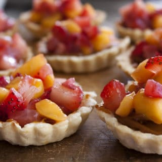 dulce_de_leche-fruit-tarts