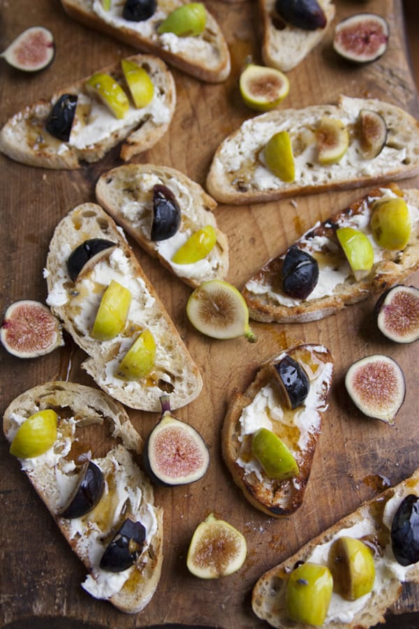 Fig And Gorgonzola Crostini With Honey Recipe — Dishmaps