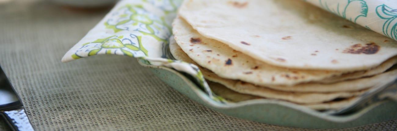 Phenomenal Homemade Flour Tortillas Home Interior And Landscaping Mentranervesignezvosmurscom