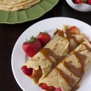 crepes-strawberries-dulce_de_leche-orange_liqueur-2