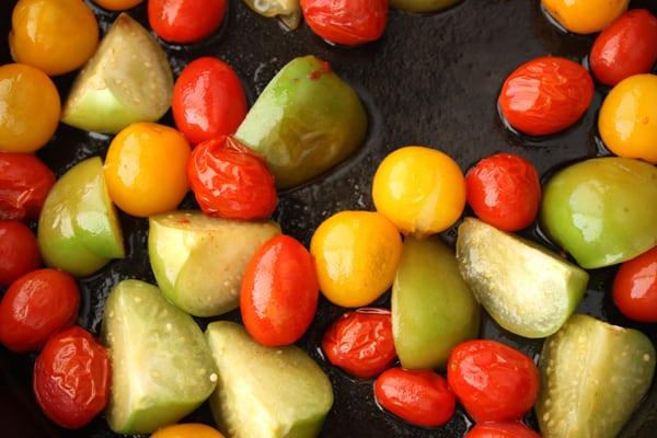 tomatoes tomatillos
