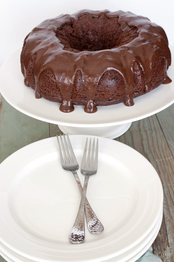 Mexican Chocolate Bundt Cake with Tequila Almond Liqueur Ganache - Muy ...