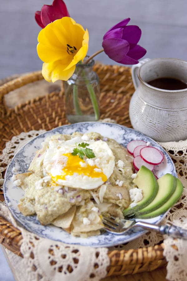 Roasted Green Chile Chilaquiles
