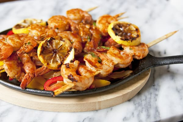sizzling shrimp fajitas