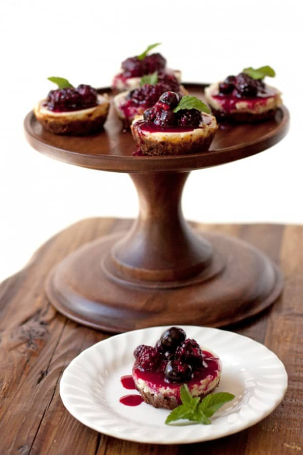mini dessert berry goat cheese cake