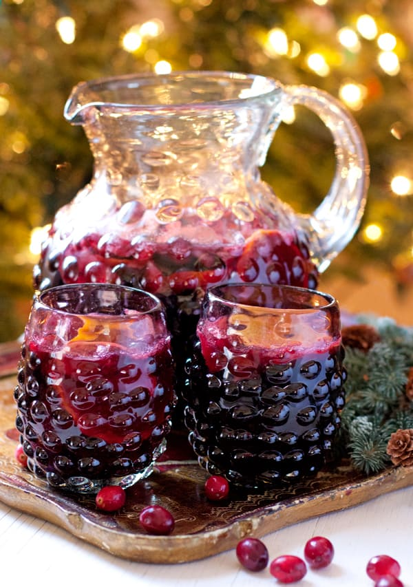 Thanksgiving-Christmas-Holiday-sangria