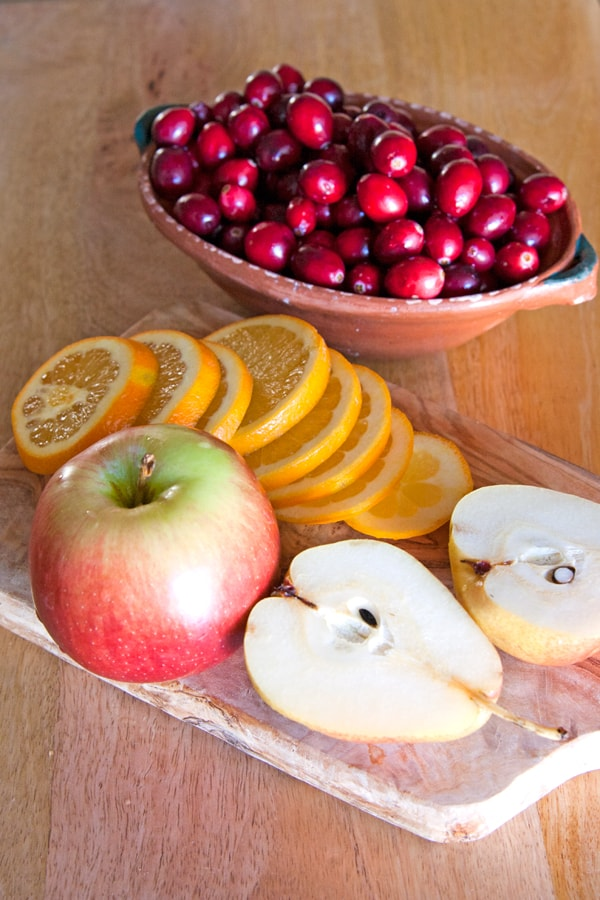 sangria fruits pear apple cranberries orange slices