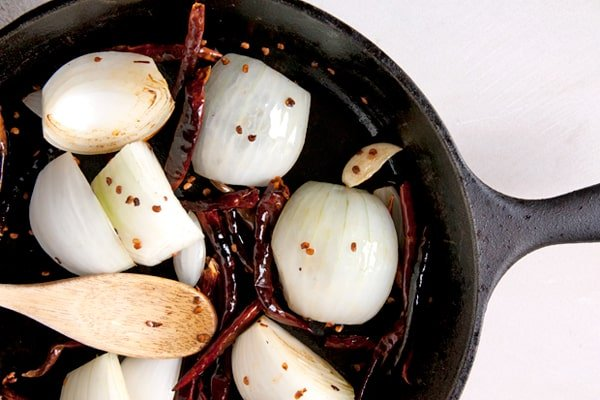 toast chile onion garlic