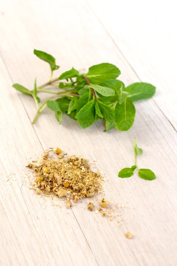 yerba buena mint chamomile manzanilla remedies remedios