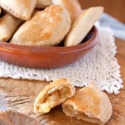 empanadas-de-pina