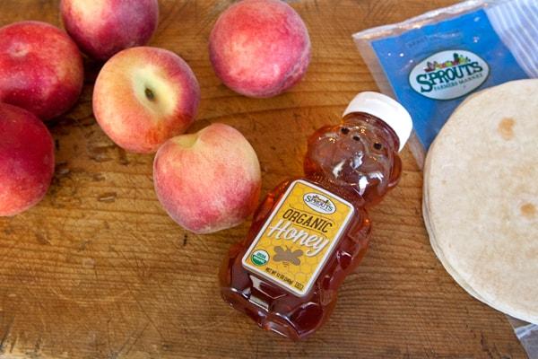 organic-honey-and-peaches