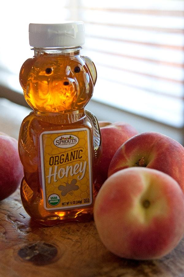 organic-honey-peaches