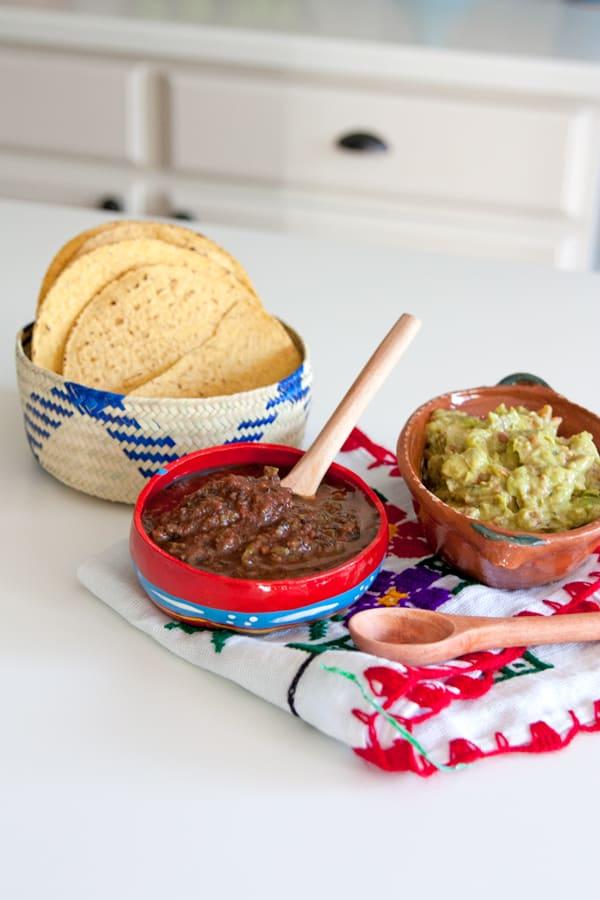 chips-salsa-guacamole