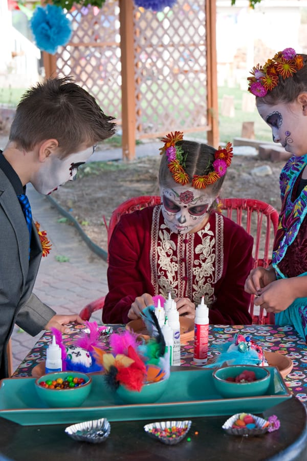 children-decorating-sugar-skulls