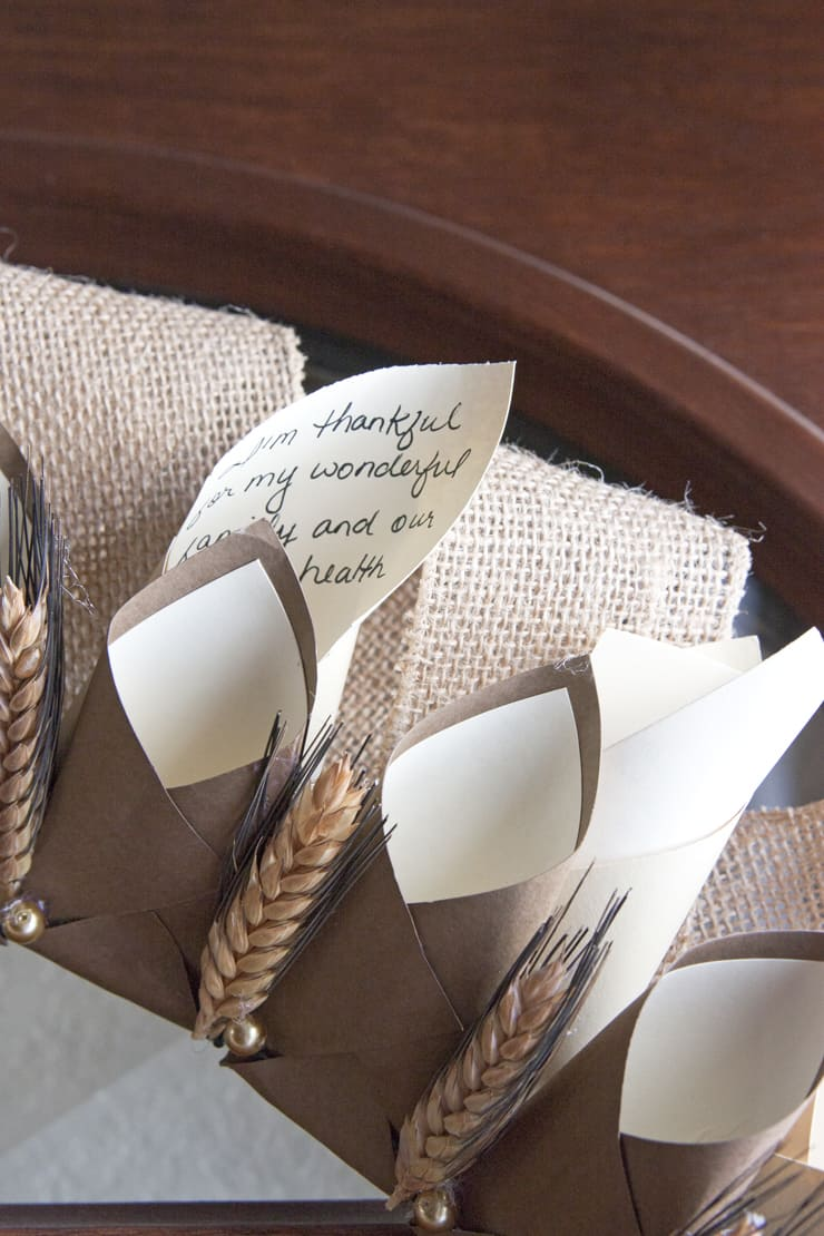 thanksgiving-paper-cone-gratitude-wreath
