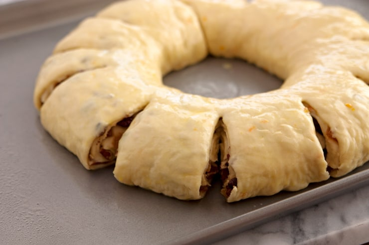 wreath crown bread Rosca de Reyes
