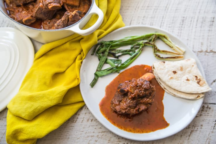 Braised Short Ribs with Arbol Chiles (Costillas de Res con Chile de Árbol)
