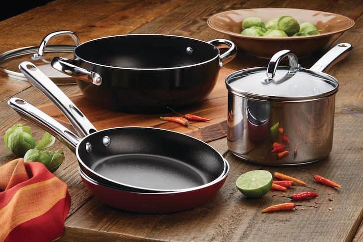 Chicken Pozole Verde + Farberware Cookware Giveaway - Muy ...