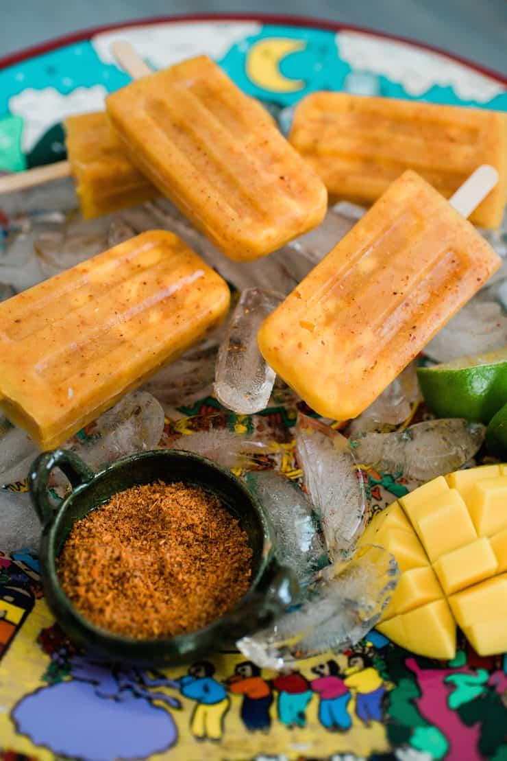Paletas de Chili con Mango (Mango-Chili Popsicles)