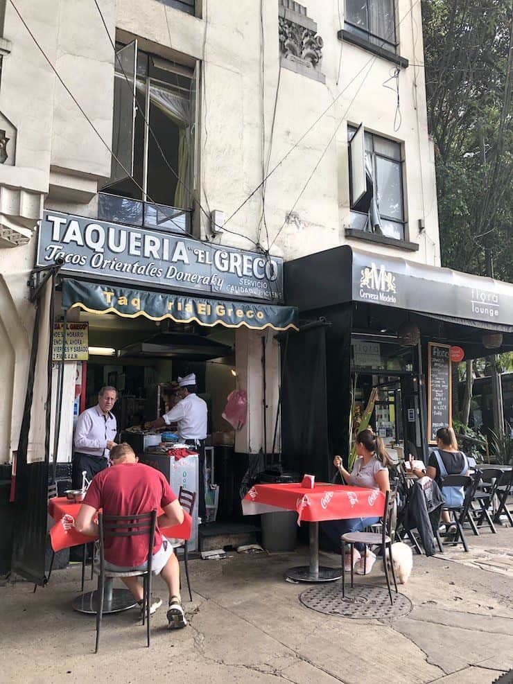Taqueria El Greco restaurant in Mexico City outside seating