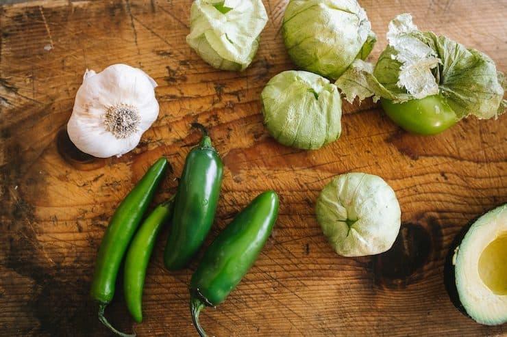 garlic jalapeños serranos tomatillos avocado to make Salsa de Guacamole or Guacamole Salsa