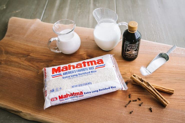 ingredients to make rice pudding with mahatma rice and Mexican vanilla cinnamon