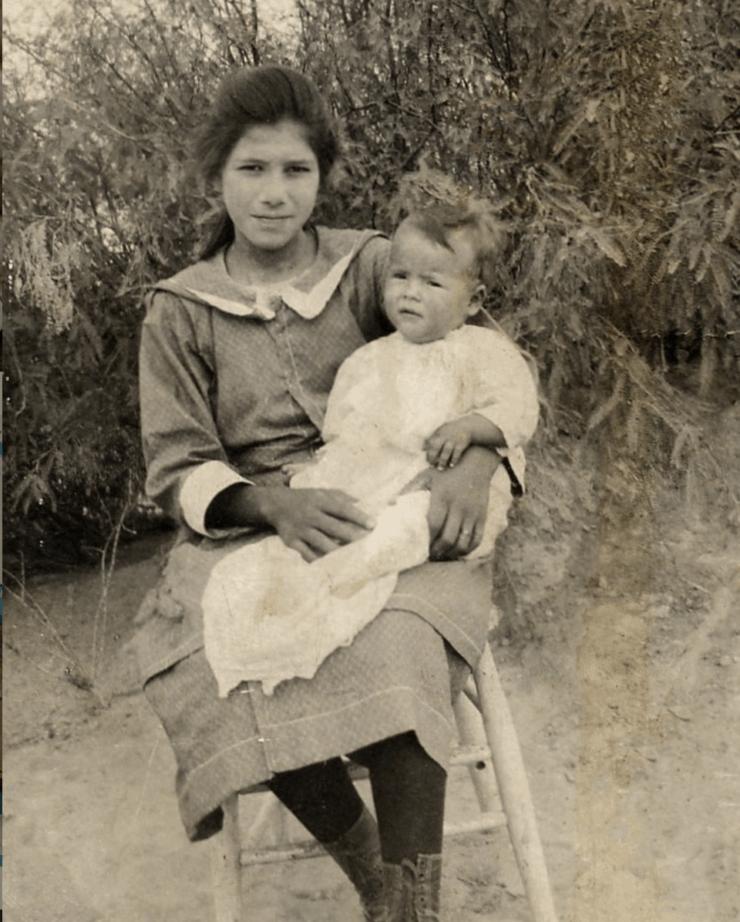 Jesusita Mendias-Soza and Apolinar (Pola) Mendias-Ramos in Ojinaga, Texas