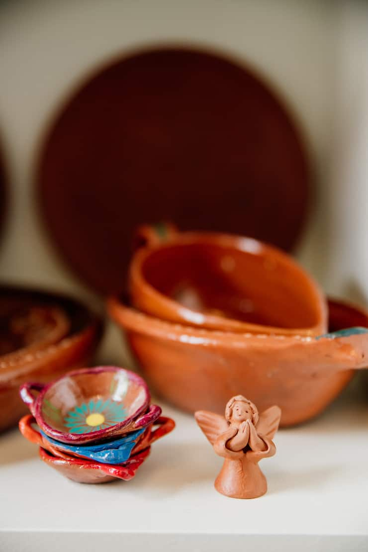 Double-Duty Office Studio and Dining Room barro clay Mexican pottery