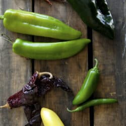different types of mexican chile peppers