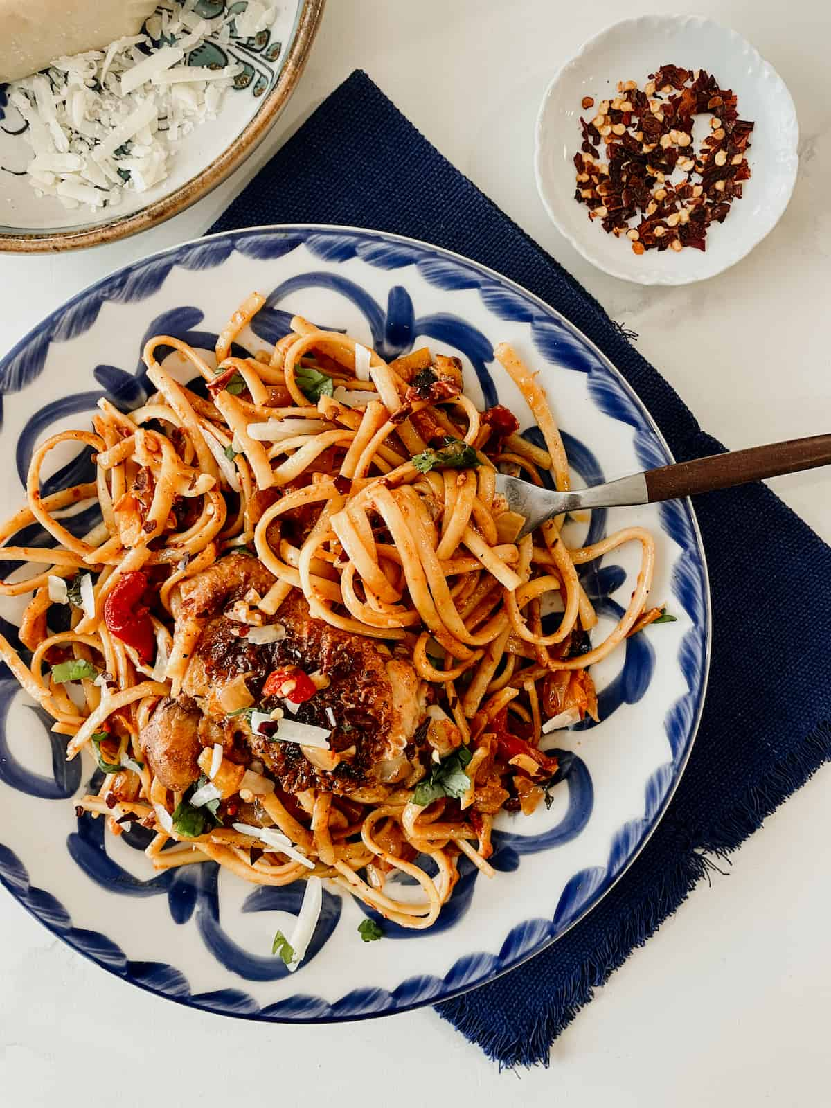 creamy and spicy chipotle linguine with chicken